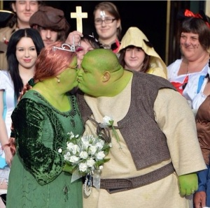 shrek fairytale wedding