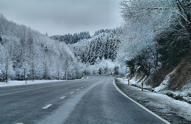 icy-road-winter